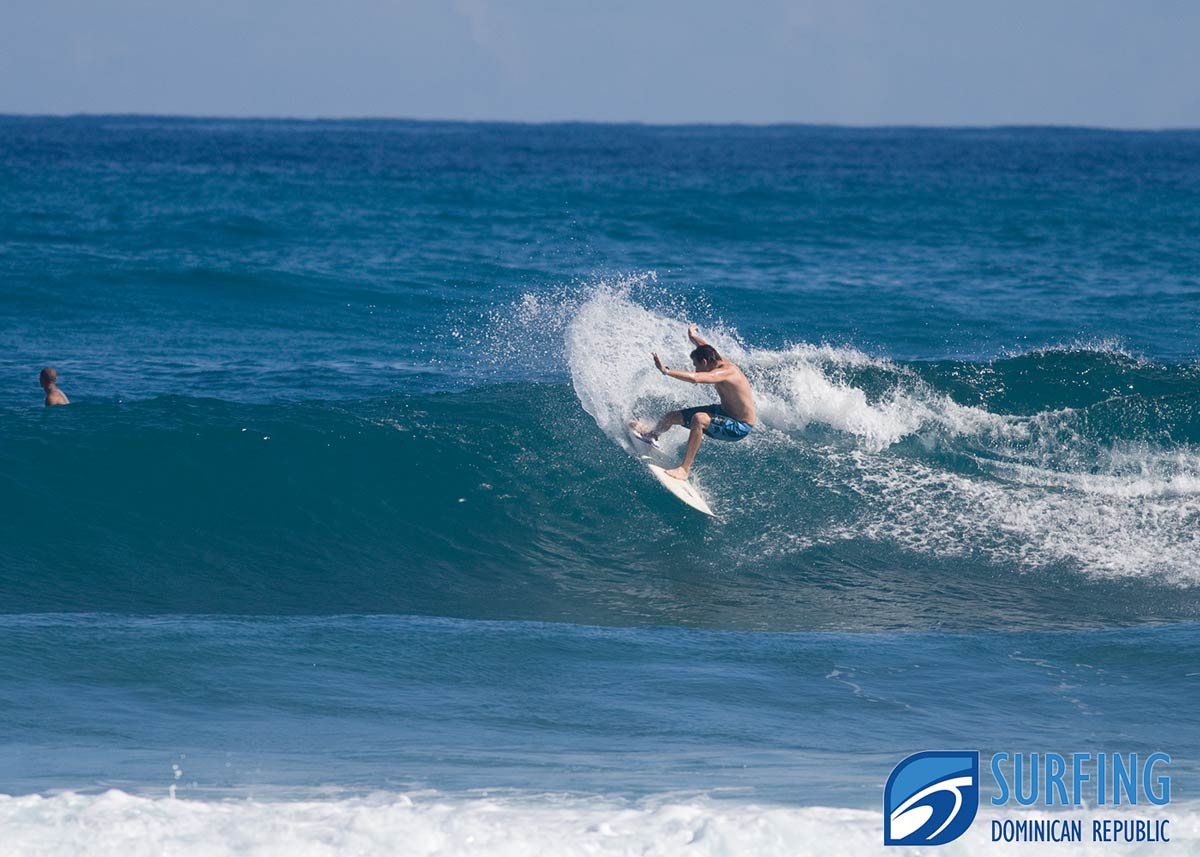 Surfing Encuentro Picture